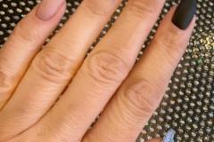 Belle-spa-clinic_stylizacja-paznokci-manicure-hybrydowy